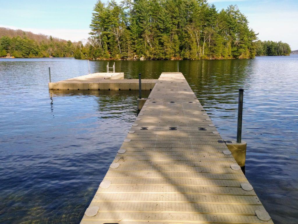 EZ Dock Skeleton Lake