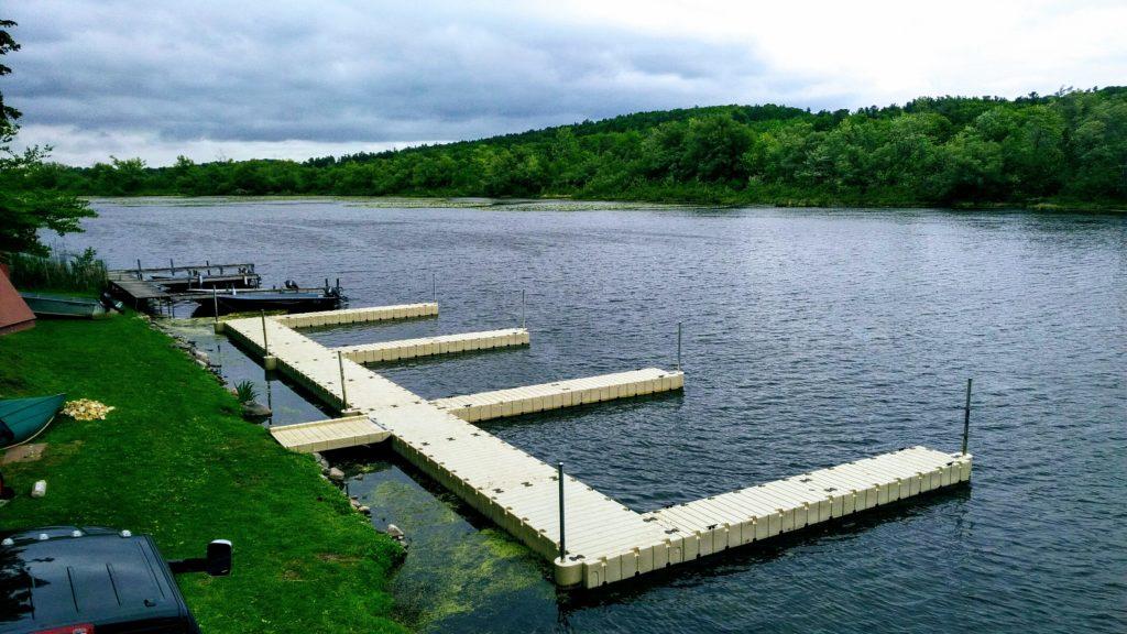EZ Dock Wildwood Cottage Resort